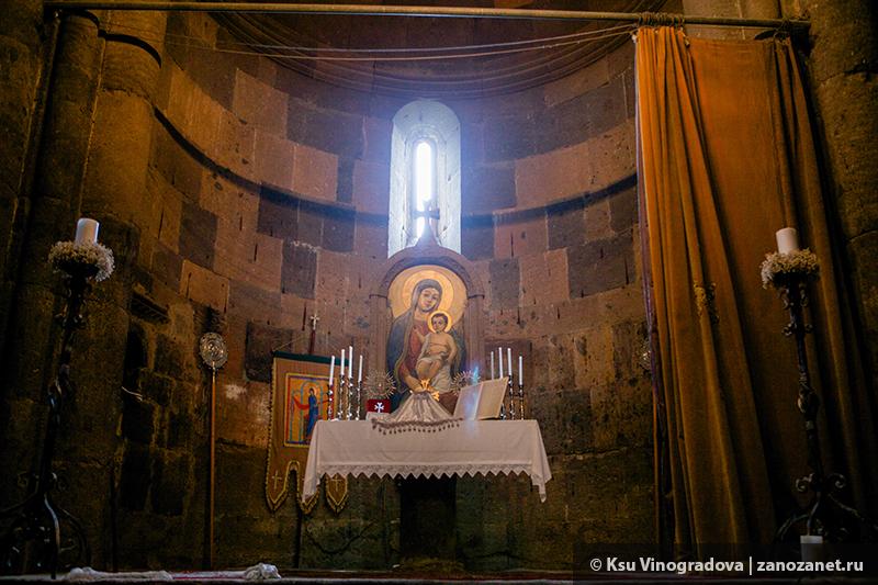 Монастырь Сагсмосаванк. Армения.