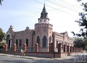 Одесса. Новый дворец на 16-ой станции Большого Фонтана. Фото сайта www.megabook.ru