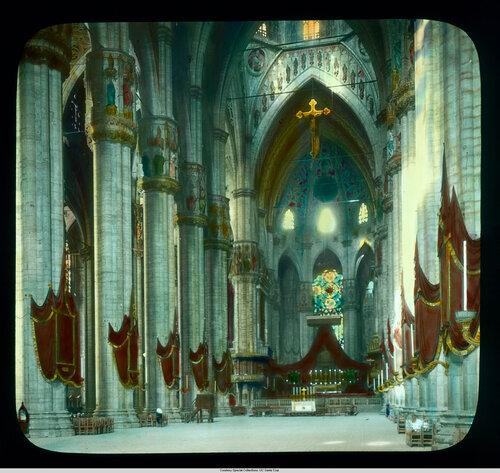 Milan. Cathedral (Duomo): interior, nave view towards altar