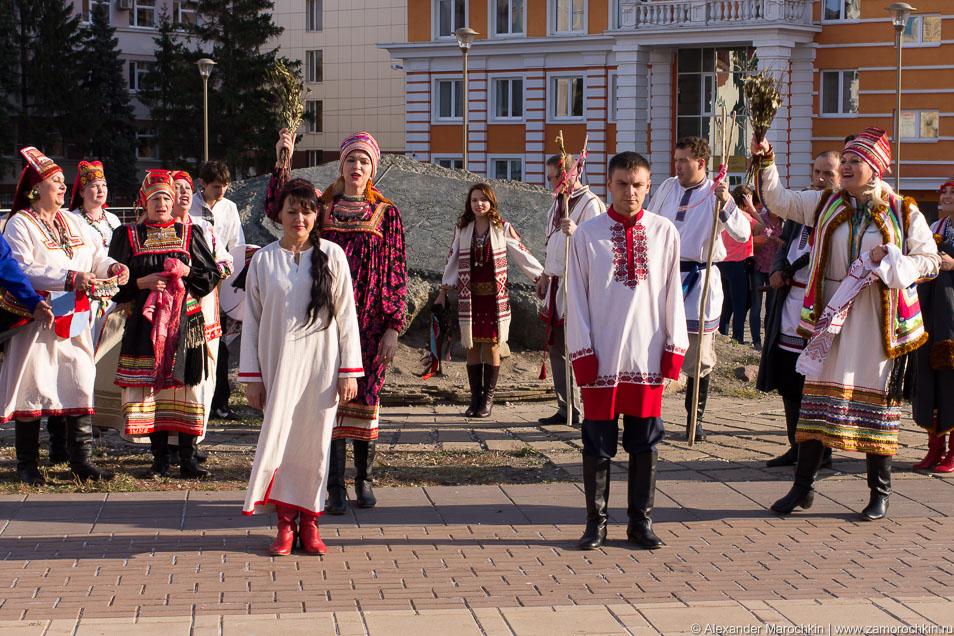 Мордовская свадьба, жених и невеста