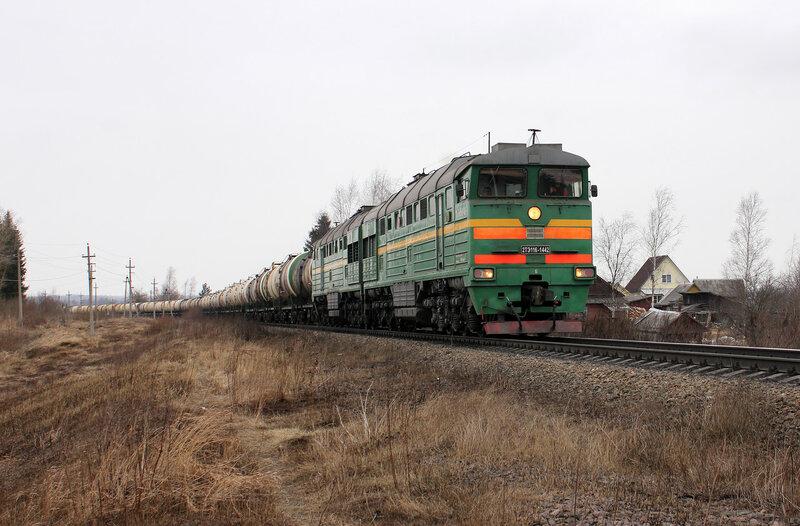 2ТЭ116-1442 на перегоне Выдумка - Новосокольники