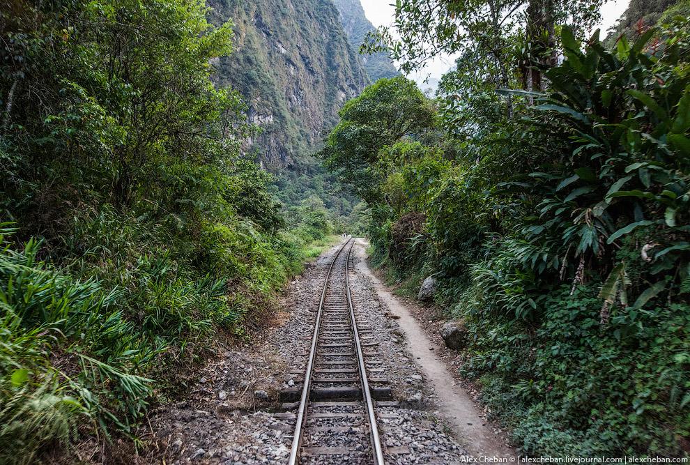 19. А по пути можно даже увидеть самую высокую вершину перуанских Анд!