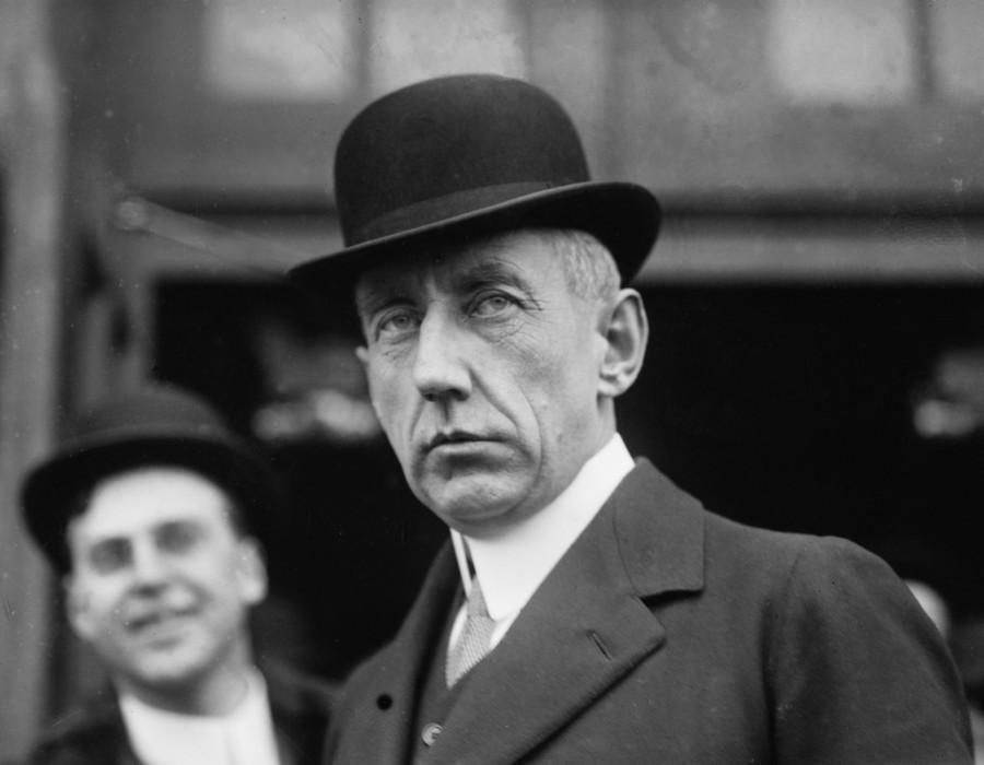 18. Норвежский исследователь Рональд Амундсен был первым человеком, который достиг Южного полюса Аму