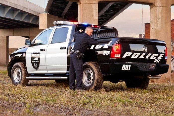 BMW X5 3.0d Британские полицейские предпочитают немецкий кроссовер — Х5 с 3.0-литровым дизельным дви