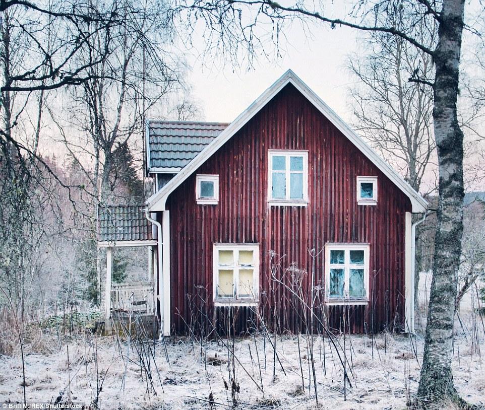 Этот снимок дома в Вермланде был сделан морозным утром ранней весной.
