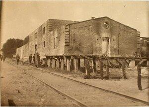 Вид на пакгауз, разрушенный головным железнодорожным отрядом бригады.