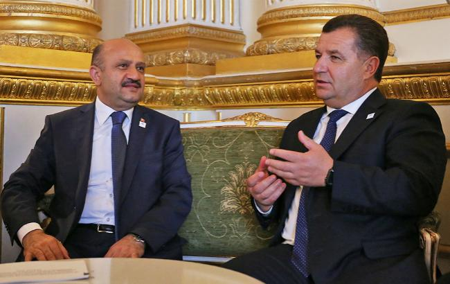 СРоссией будем дружить, однако Крым непризнаем— Турция успокаивает государство Украину