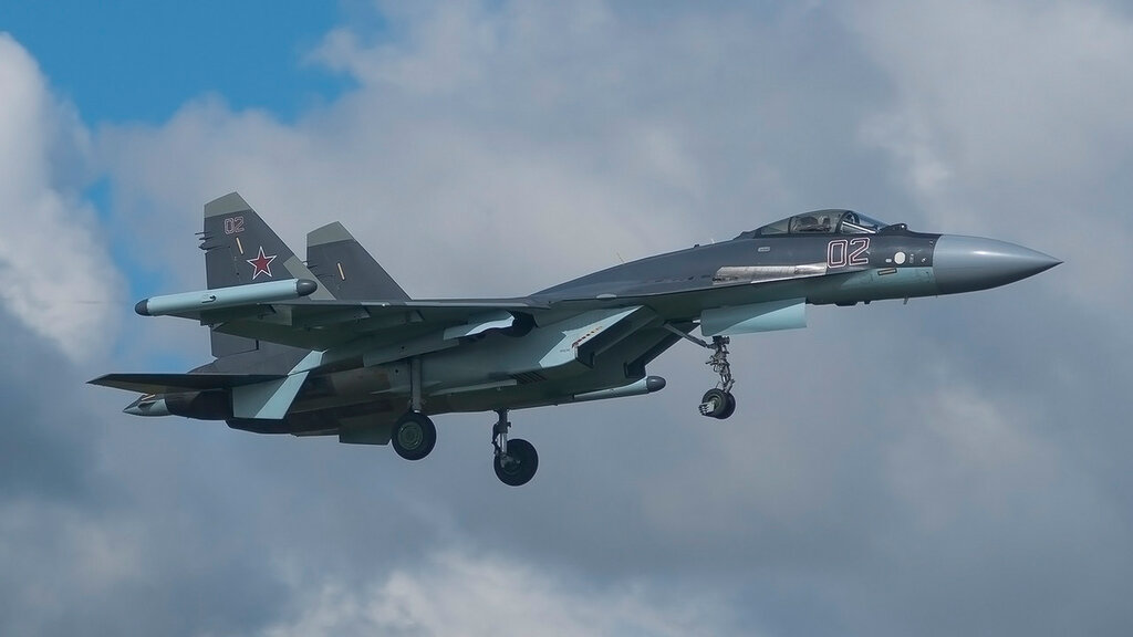 RF-95243 02RED SU35(S) Russian Air Force UUMB.jpg