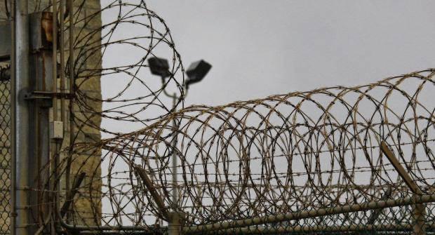 Отношение хуже, чем к животным: В СИЗО Симферополя заключенным приходится спать по очереди