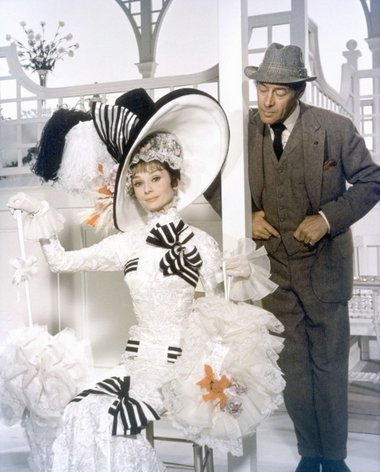 Audrey_Hepburn_dress_16.jpg