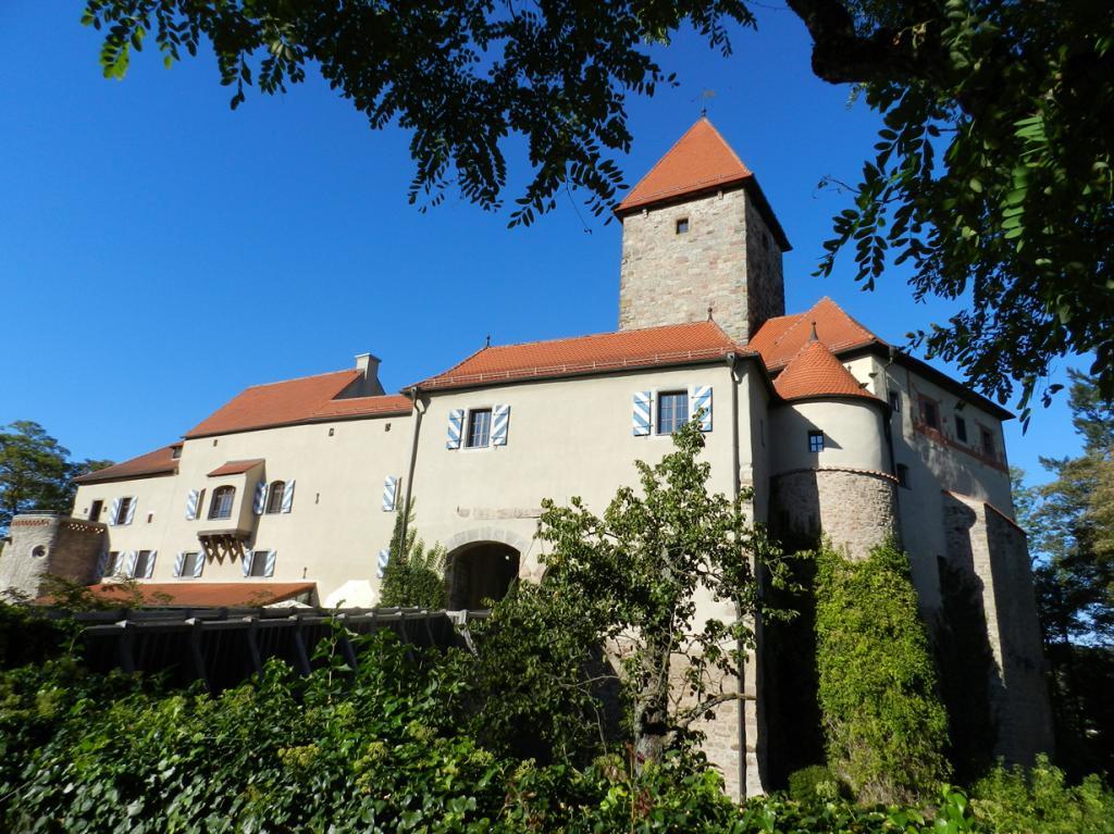 Германия. Вернберг-Кёблиц. Бавария. Первые упоминания о здании датируются 1280 годом; использует
