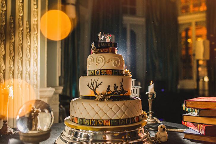 Торт тоже был волшебным.