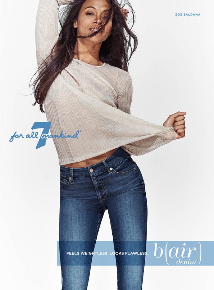 Зоэ Салдана в рекламе джинсовой одежды
