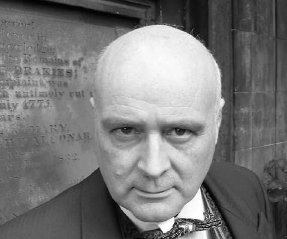 Сергей Третьяков Бывший первый секретарь российского посольства в США и полковник КГБ, Третьяков с 1