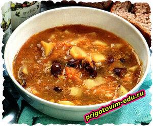 Фасолевый суп с орехами