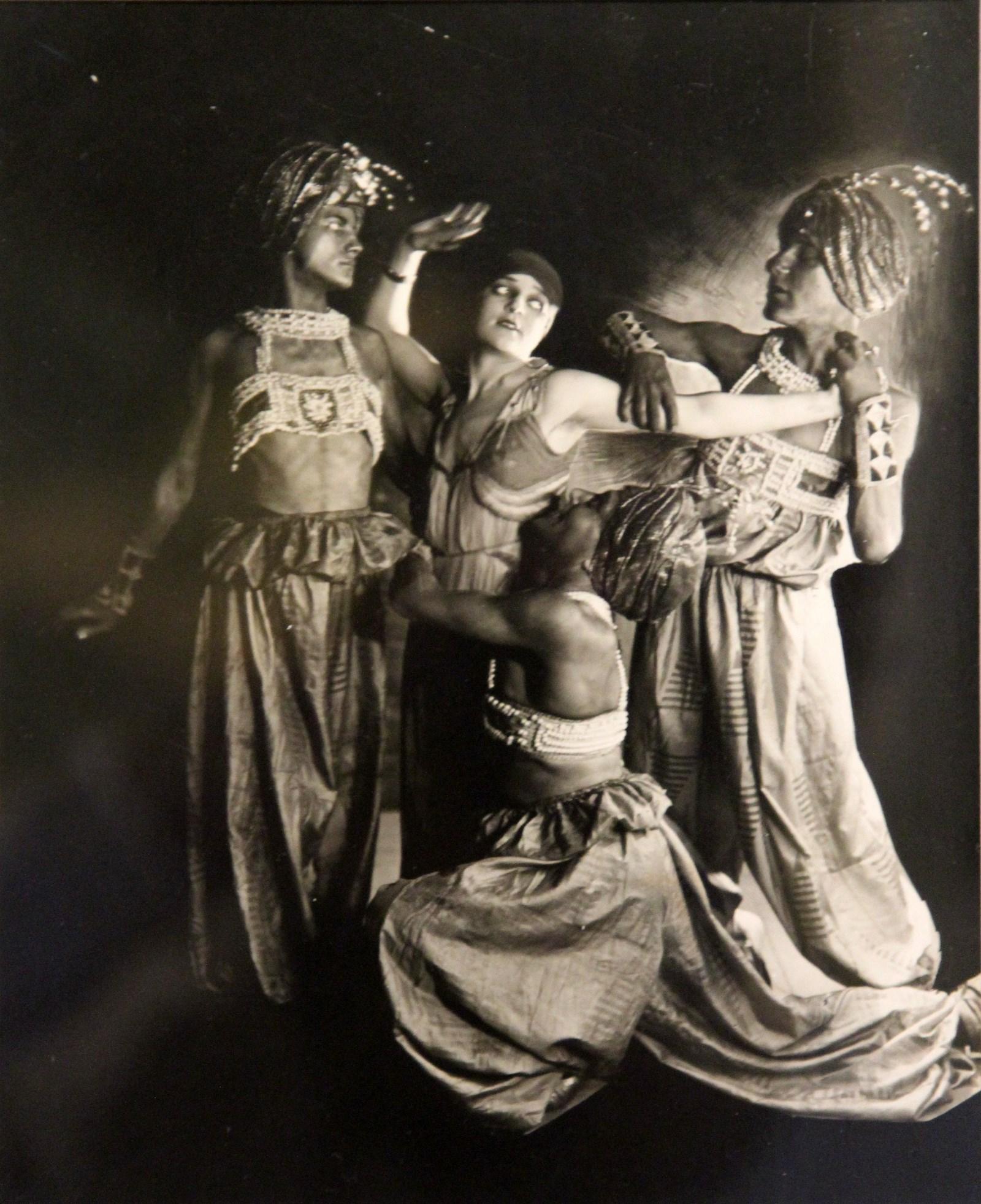 ������ ��������. ������ �������� ����� ��������. 1911-1915 ����� �����������. ����������, ���������� �����-�����. �����-������������� ��������������� ����� ������������ � ������������ ��������� �������� �������: aldusku.livejournal.com
