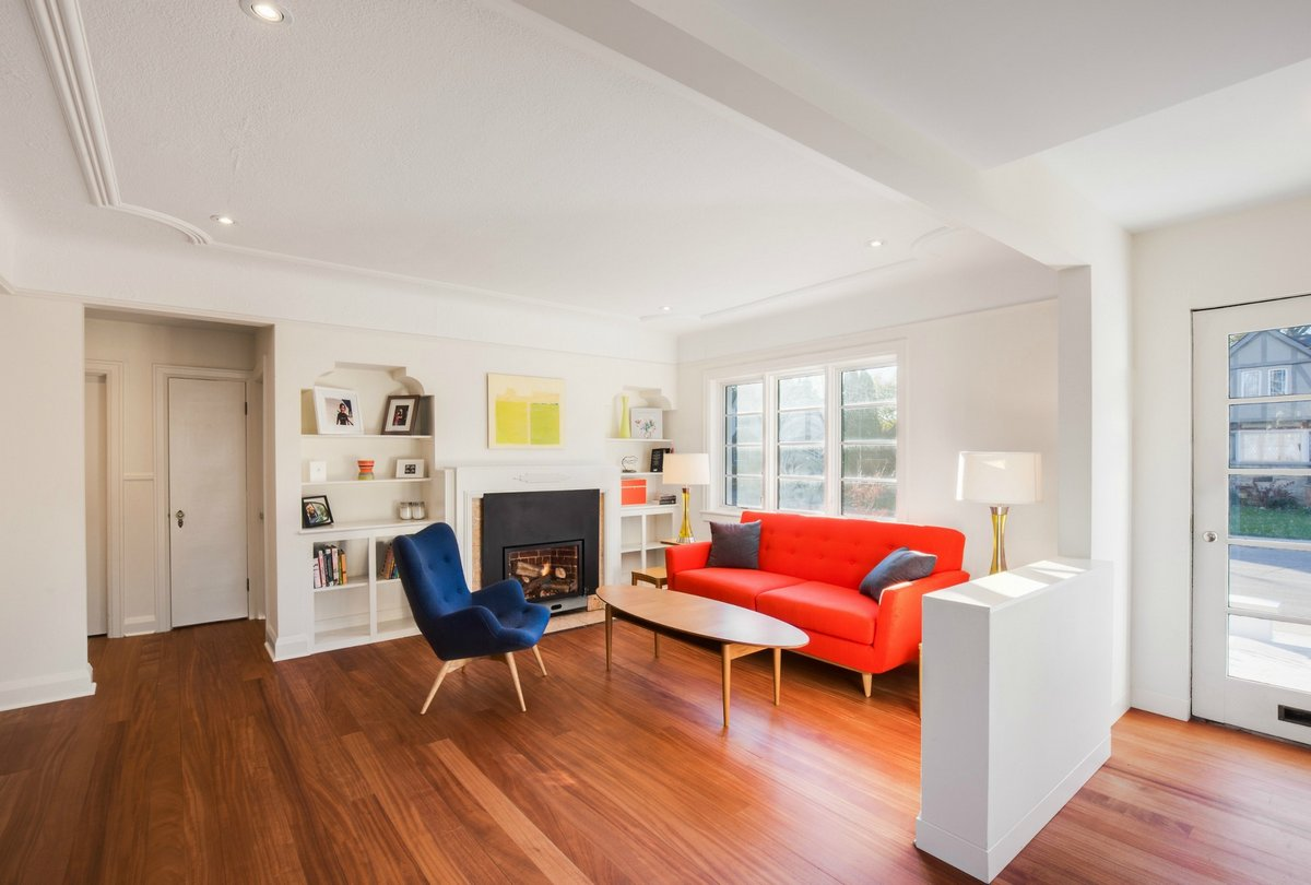 DPAI Architecture, Toms + McNally Design, The Hambly House, панорамное остекление частного дома фото, дизайн кухни фото, фото лестниц в частном доме