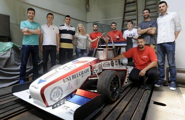Сербия, Белград, машиностроение, автогонки, студенты