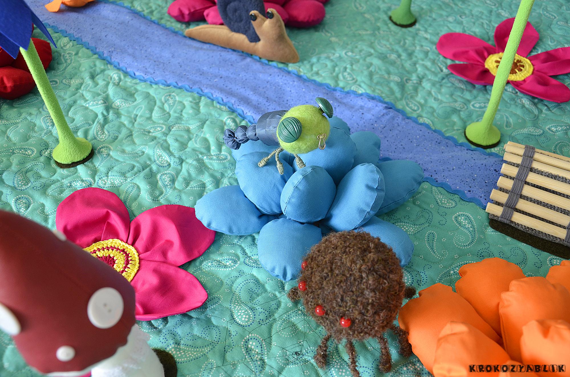 развивающий коврик полянка (5).JPG