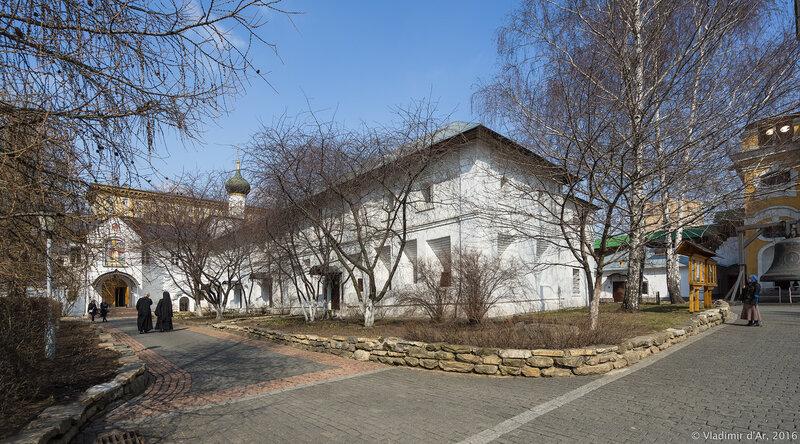 Братский корпус Новоспасского монастыря (XVII век)