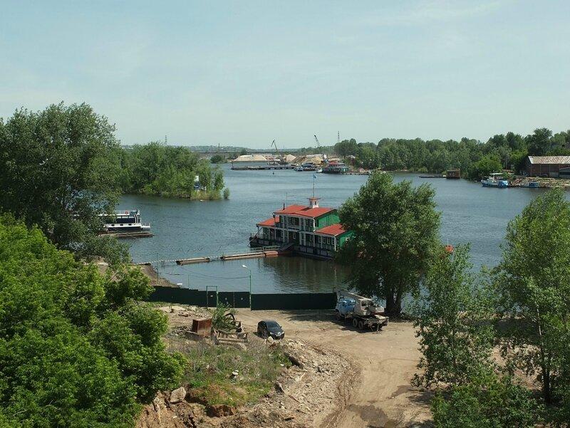 Фрунзенский мост, люки 122.JPG