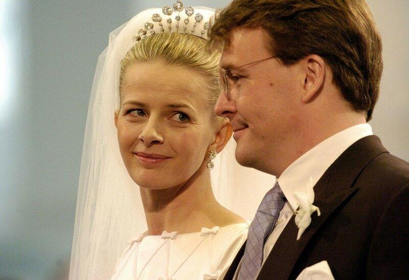 Как выйти замуж за принца— 10 простых девушек-невест в королевских семьях