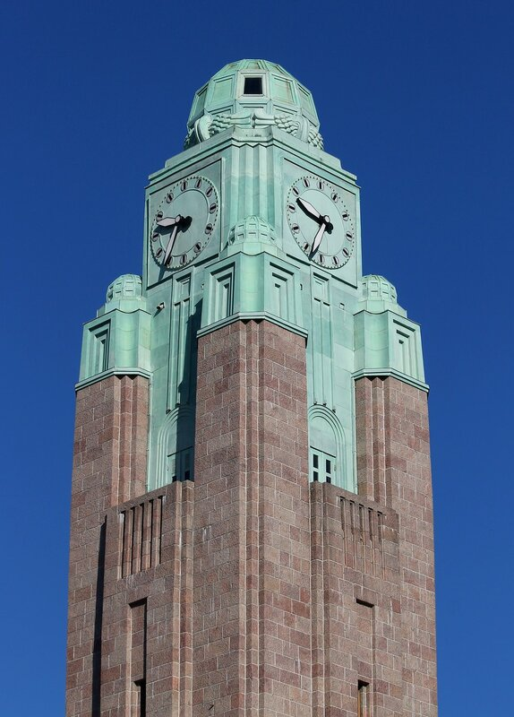 Helasinki. Central station (Helsingin päärautatieasema)