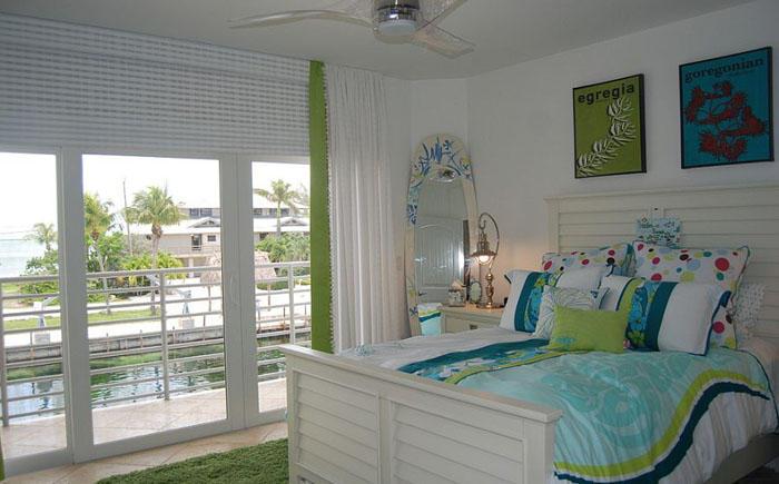 12. Детская спальня в сине-зелёных тонах