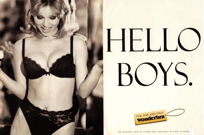 «Привет, мальчики» Этот плакат Wonderbra счешской моделью Евой Герциговой стал причиной многих авар