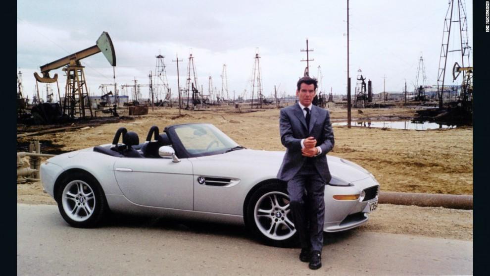 Модель Z8 составила компанию Пирсу Броснану на съёмках одного из фильмов шпионской саги о Джеймсе Бо