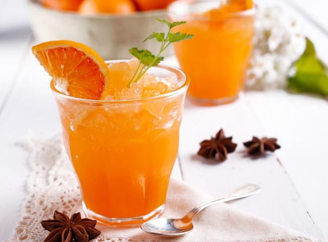 Ингредиенты: 150г замороженной клубники 5замороженных персиков среднего размера 150г замороженног