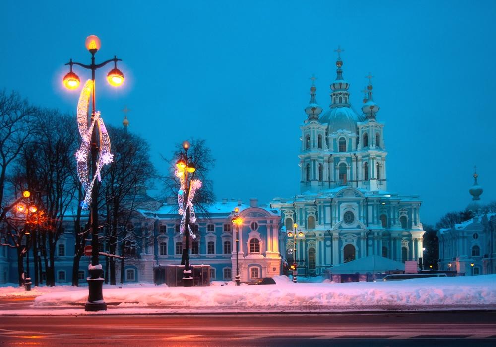 Помимо множества православных храмов вПитере есть храмы 42конфессий.