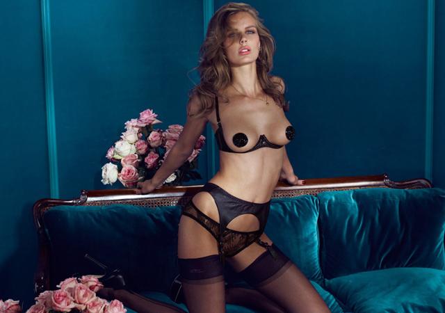 Этот британский бренд создал Джозеф Корре, сын бунтарки от моды Вивьен Вествуд. Поэтому неудивительн