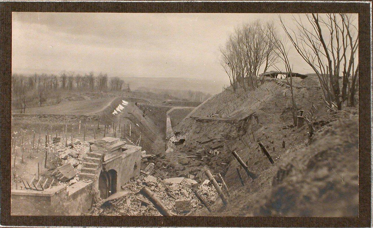 27. Вид разрушенной части форта № 1 группы Седласка