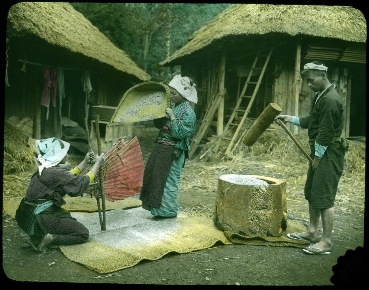 Очистка и дробления риса