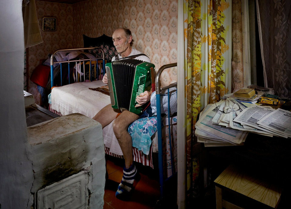 fotograf-snimaet-rossiyu-zastryavshuyu-v-sssrquibbll-4.jpg