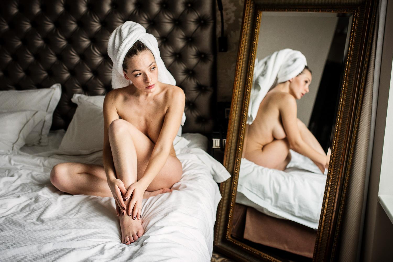 Пробки 10 баллов / фотограф Шабурова Лиза модель Ольга Кобзар