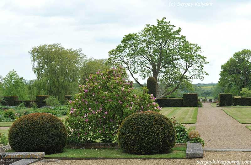 Godinton Gardens (2).JPG