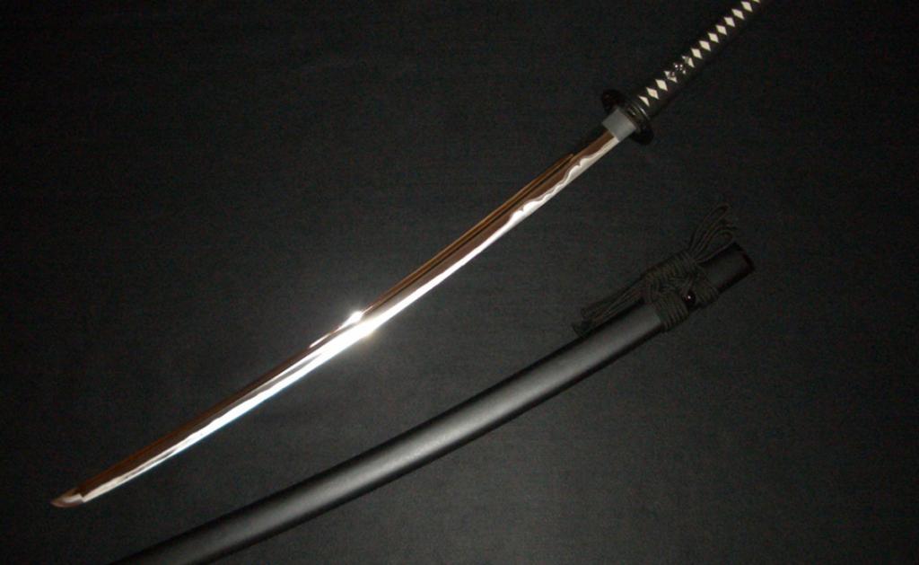 Легендарный японский мастер Мурасама Сенго создавал лучшие мечи в стране. Ходили упорные слухи, что