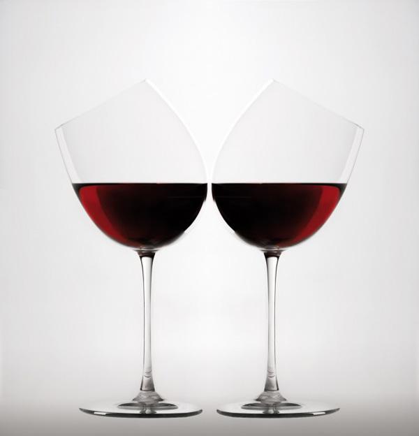 Серия экспериментальных бокалов отитальянской дизайн-студии Gumdesign.