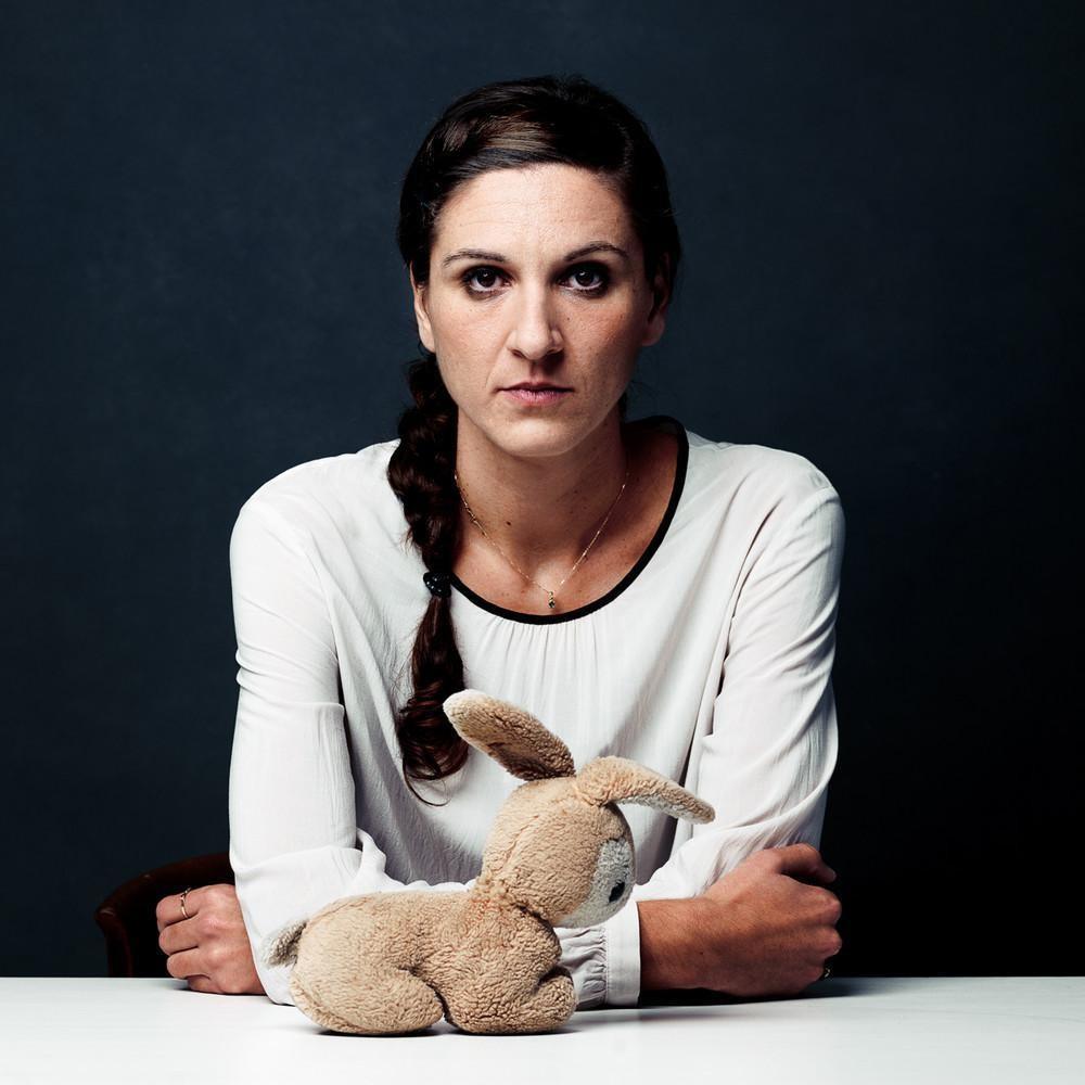 Сейла, 33 года, сбежала из Боснии и Герцеговины в 1992 году. «Когда я была маленькой, папа часто езд