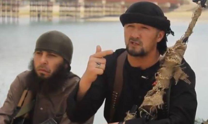 Силовики вТаджикистане стали получать СМС отимени командующего ИГИЛ