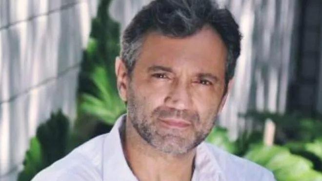 Тонущего бразильского артиста нестали спасать, решив, что ониграет роль