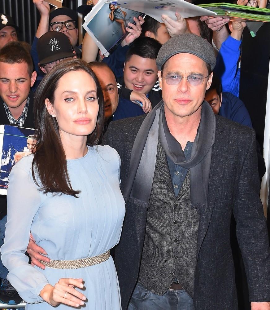 Джоли получила временную полную опеку над детьми