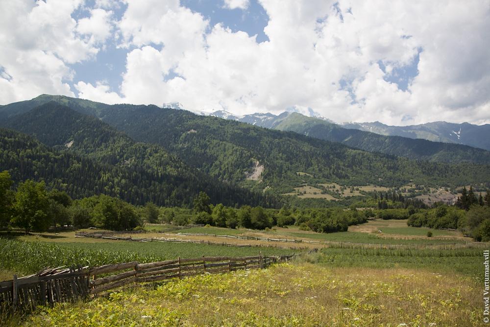 Грузия, Сванетия, по дороге в монастырь Тангили