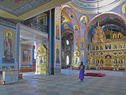 В верхнем храме