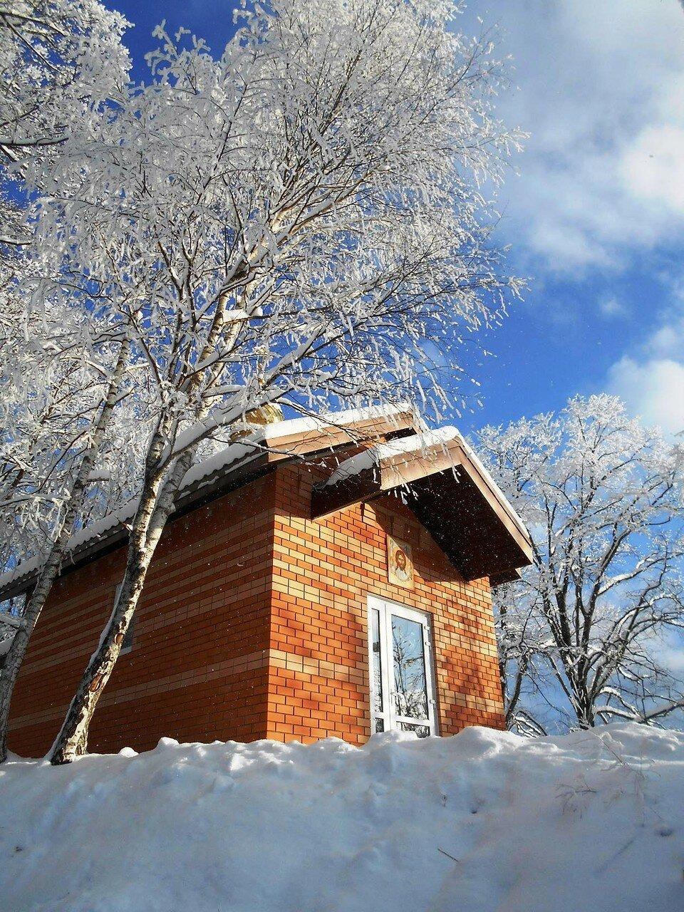 Домик в снегах.jpg