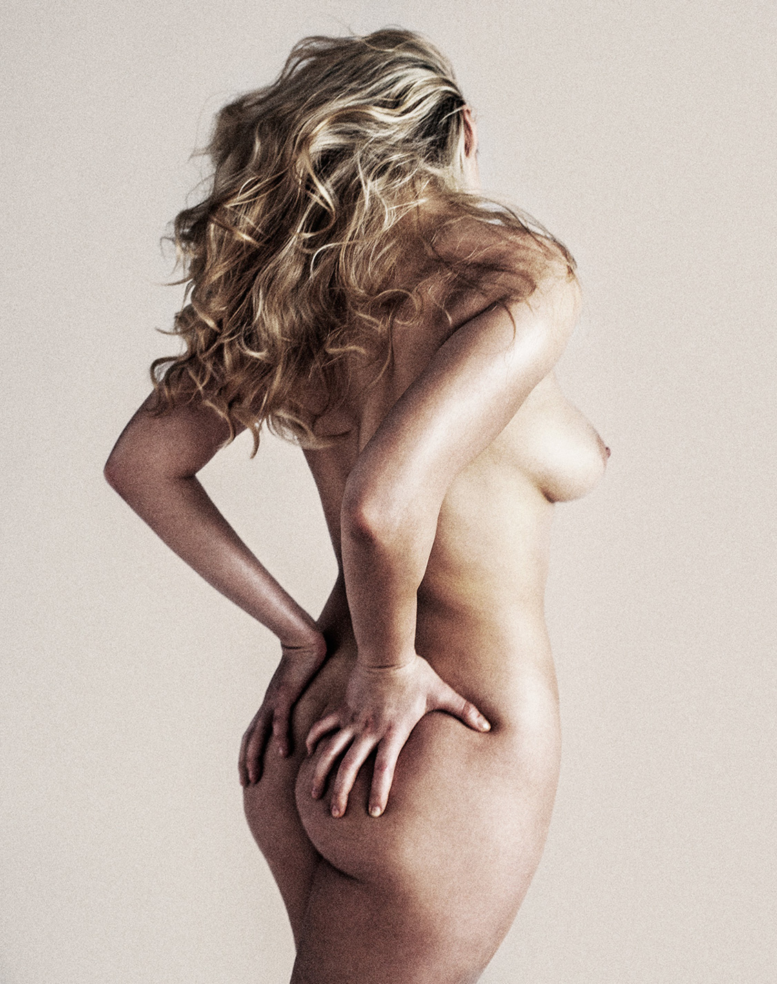 Кристина Казакова / Khrystyna Kazakova nude by Cory Vanderploeg - Yume Magazine