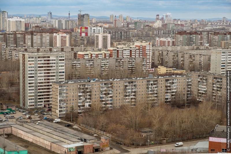 старые панельные дома и новостройки с высоты птичьего полета ЖБИ Екатеринбург