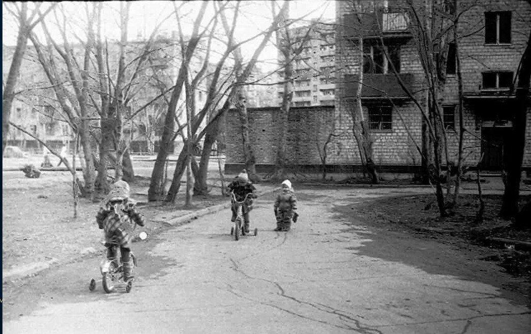 1988. 2-я Владимирская улицаg